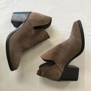 tan steve madden ankle booties women's 7!